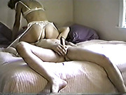 Amature mom loves to swallow real homemade porn shot in bedroom